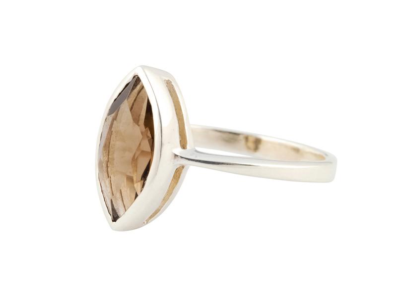 Indiase zilveren ring met rookkwarts