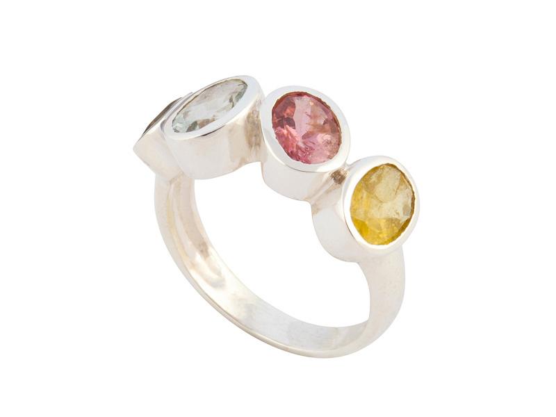Indiase zilveren ring met toermalijn