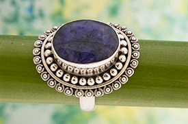 Zilveren ring met saffier