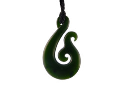 Groene jade Maori Hei Matau hanger