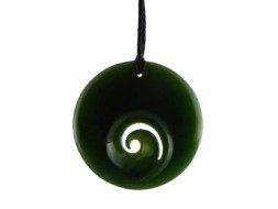 Groene jade Maori Koru hanger