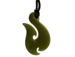Jade bone maori hanger hei matau Nieuw Zeeland