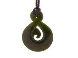 Jade maori twist hanger uit Nieuw Zeeland
