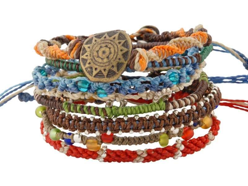 Set van zeven armbanden uit Guatemala