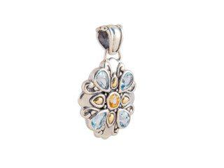 Zilveren hanger met bloemblaadjes van edelsteen