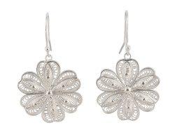 Zilveren filigrain oorbellen uit Peru in de vorm van een bloem