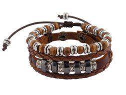 Bruin gevlochten leren armband met houten kralen uit Tibet