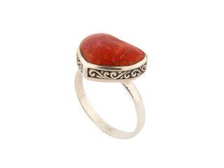 Balinees zilveren ring met hartvormig koraal