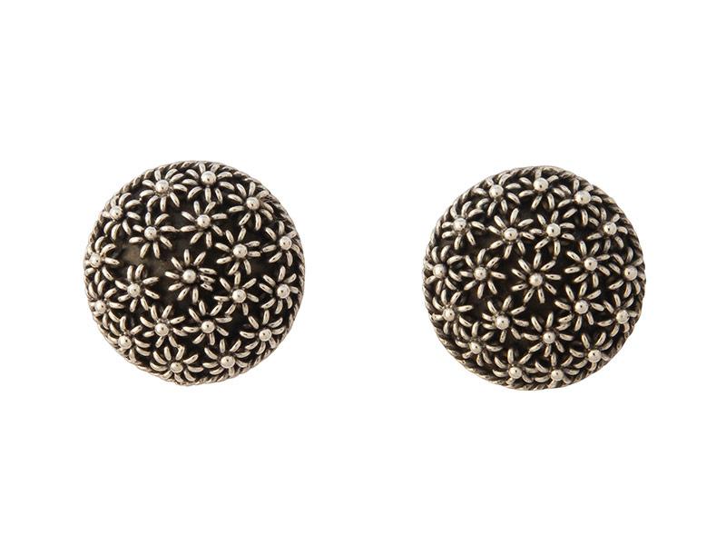 Balinese zilveren oorbellen met bloemdesign