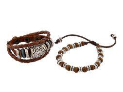 Bruin gevlochten leren armband uit Tibet met houten kralen