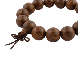 Mala armband uit Nepal met wing celtis houten kralen